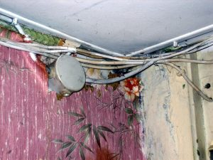 5 Signes d'avertissement indiquant que votre câblage électrique est défectueux