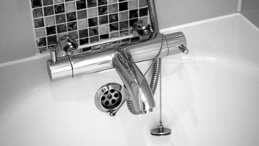 réparation-fuite-baignoire